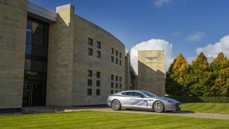 Aston Martin Rapide electrico lateral