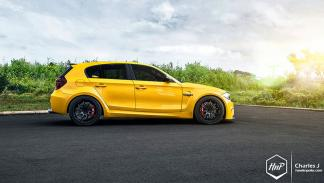 BMW 1M hatchback lateral