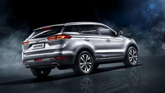 Geely Bo Yue trasera