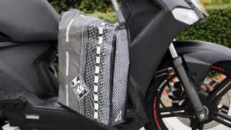 manta-scooter-tucano-bolsa