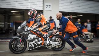 KTM-RC16-MotoGP-2016-circuito Red Bull