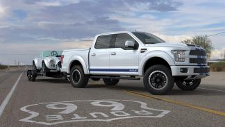 Ford F150 Shelby blanco