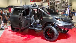 Toyota-Ultimate-Utility-Vehicle-lateral