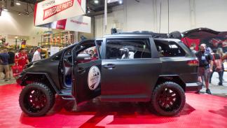 Toyota-Ultimate-Utility-Vehicle-perfil