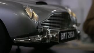 Aston Martin DB5 James Bond a escala 4
