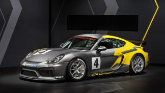 Porsche Cayman GT4 Clubsport frontal
