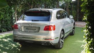 Bentley Bentayga First Edition trasera