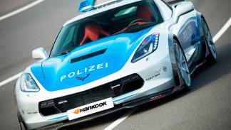 Corvette de la policía alemana dinámica