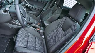 Opel Astra delanteras