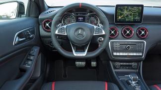 Mercedes AMG A45 volante