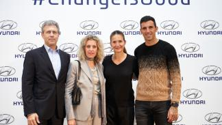 Fotos: Josef Ajram y Hyundai dan la vuelta a la Navidad