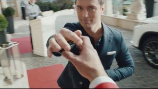 La vida RX Jude Law y Lexus 2