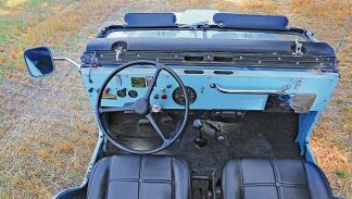 Jeep CJ-5 Renegade de 1970 asientos