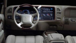 Cadillac Escalade 1999 interior