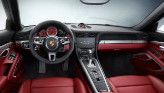 Porsche Exclusive 911 2015 interior rojo
