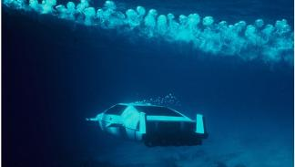 lotus esprit submarino james bond mar