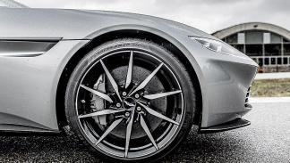 Aston Martin DB1O 2016 barrido llanta