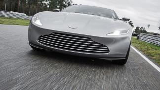 Aston Martin DB1O 2016 morro