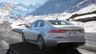Jaguar XF 2017 tres cuartos trasero