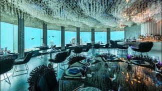 discoteca submarina se llama SubSix y está en las Maldivas
