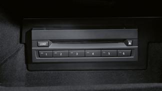 cargador cds elementos coches peligro extincion
