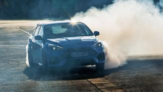 Ford Focus RS 2016 drift