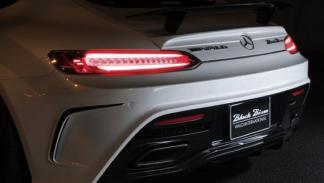 Mercedes-AMG GT Wald International piloto trasero