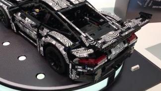 Lego Technic Porsche 911 GT3 RS 2