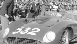 Ferrari 355 S Spider Scaglietti de 1957 carrera