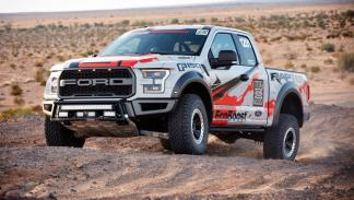 Ford F-150 Raptor Race