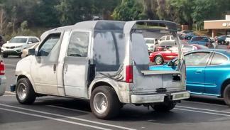 mayores-atrocidades-coches-parte-viii-furgoneta