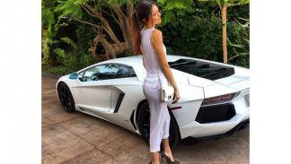 coches Kendall Jenner 3
