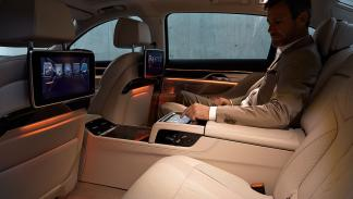 bmw touch command tablet controla todo