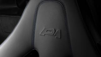 McLaren P1 fibra de carbono