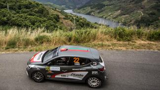 Renault-Clio-R3-T-Rally