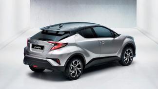 Toyota C-HR, trasera