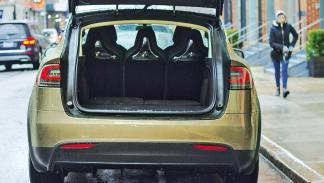Prueba: Tesla Model X P90D 2016 zaga portón