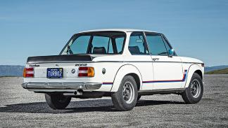 2 Duelo de ayer y hoy: BMW M2 vs BMW 2002 turbo