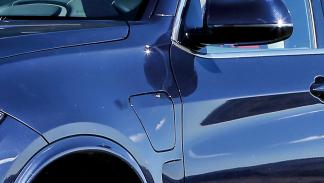 BMW-X5-eDrive-boca-enchufe