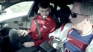 plantilla del Barça se sube al Audi RS7 que conduce solo 2