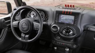 Jeep Crew Chief 715 Concept interior