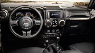 Jeep Grand Wrangler 75º Aniversario interior