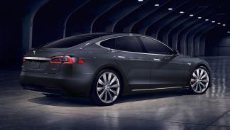 Tesla Model S 2016 zaga