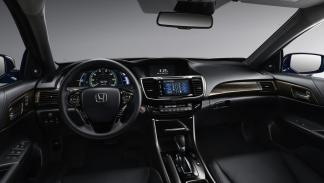 Honda Accord Hybrid salpicadero