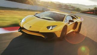 coches-motor-v12-atmosférico-Lamborghini