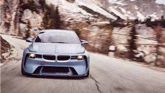 BMW 2002 Hommage frontal
