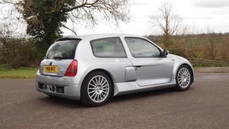 Subasta Renault Clio V6