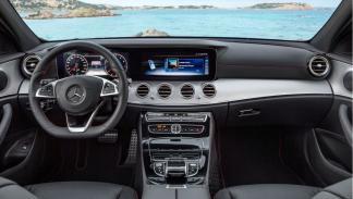 Mercedes Clase E AMG_salpicadero