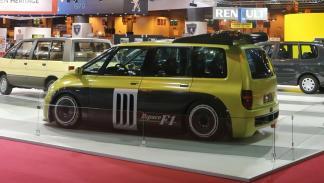 Renault Espace F1 de 1994 trasera