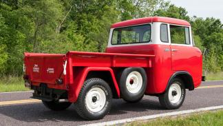Jeep Forward Control de 1958 zaga